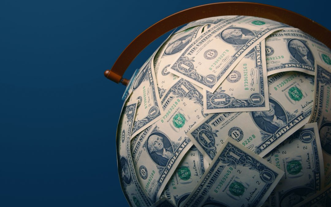 Tracking the Dollar Currency Exchange
