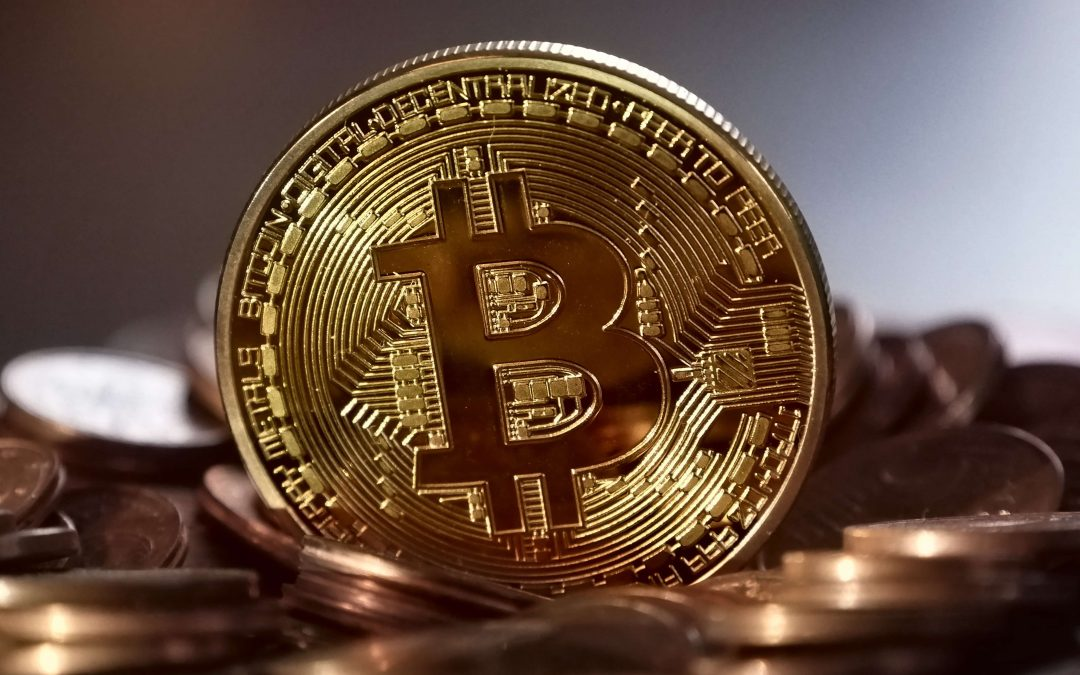 Gold vs Bitcoin – How Gold Still Holds It's Value in the Modern Age